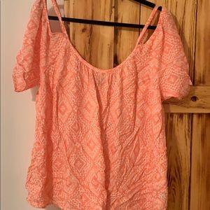 Torrid size 1 shirt